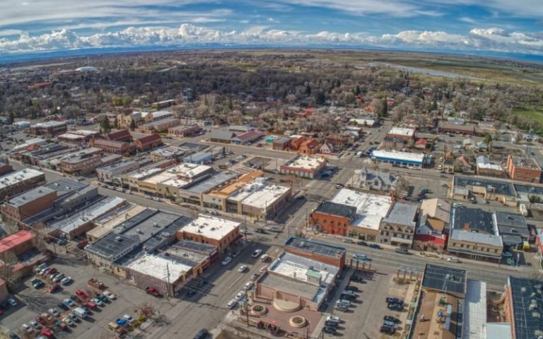 property in Alamosa (with power) 6
